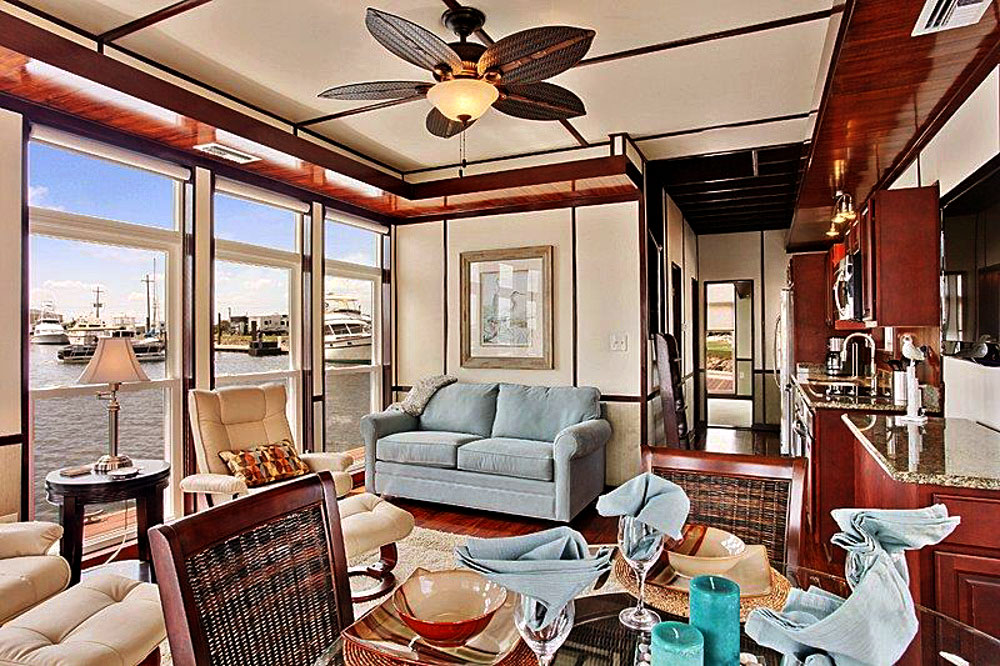 Houseboat rentals New Orleans